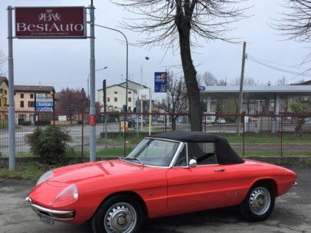 Alfa Romeo duetto osso di seppia 1600
