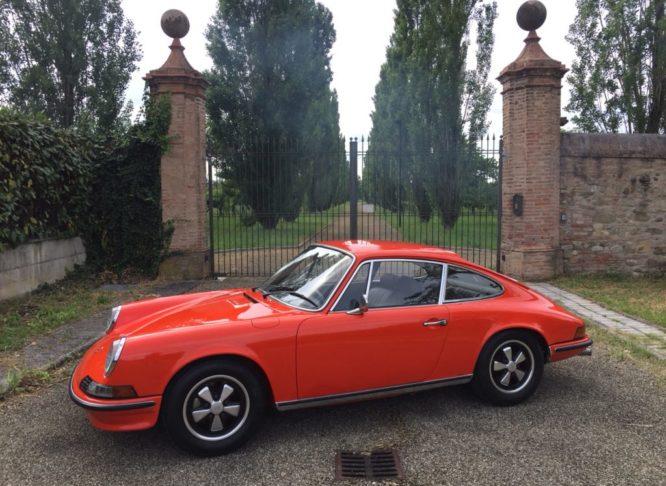 Porsche 2400 S