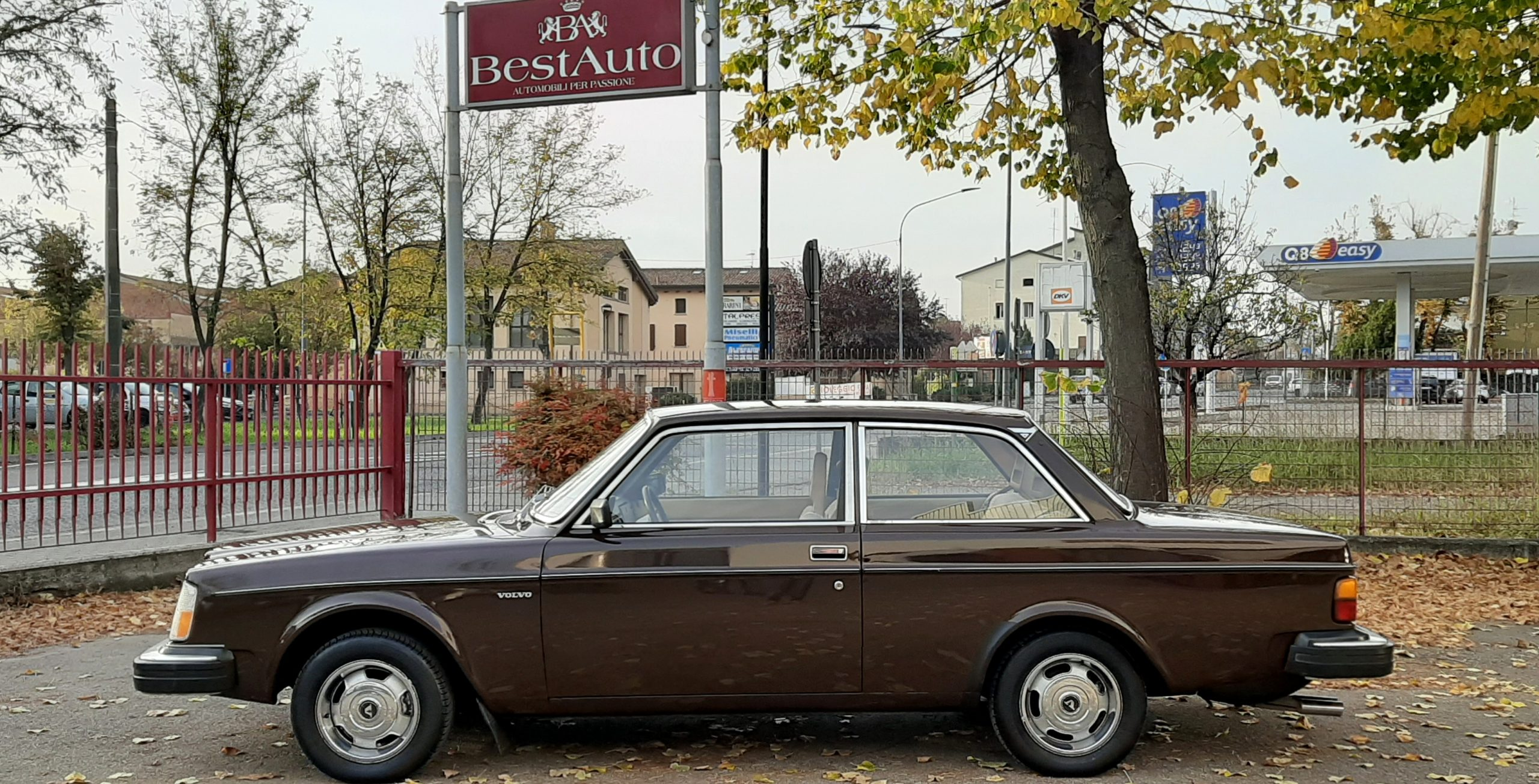VOLVO 242 DL BEST AUTO