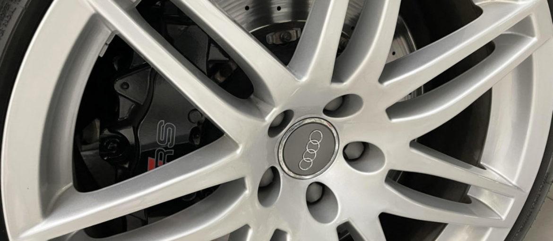 AUDI RS4 Avant Quattro Manuale